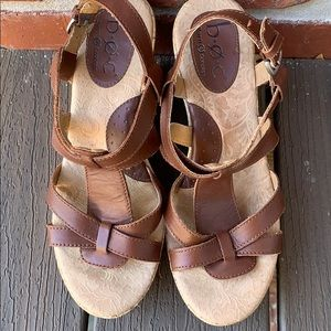 Brown BOC wedges!